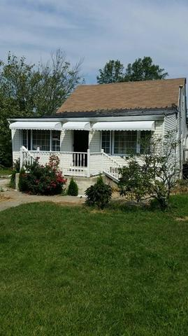 7 2nd Ave, West Milford NJ 07480