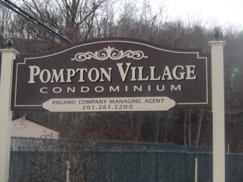 316 Federal Hill Rd, Pompton Lakes, NJ