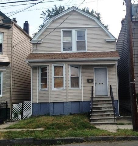 206 21st St, Irvington, NJ