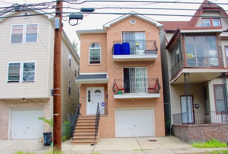 123 12th Avenue, Paterson, NJ 07501