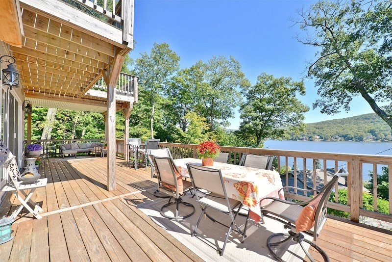 31 Rocky Trl, Greenwood Lake, NY