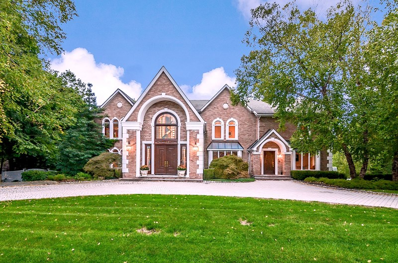 789 Ontario Ct, Franklin Lakes, NJ