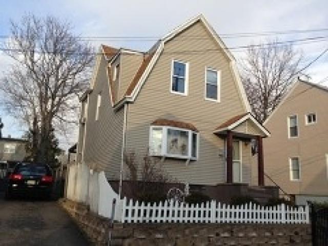 258-260 Edmund Ave, Paterson, NJ 07502