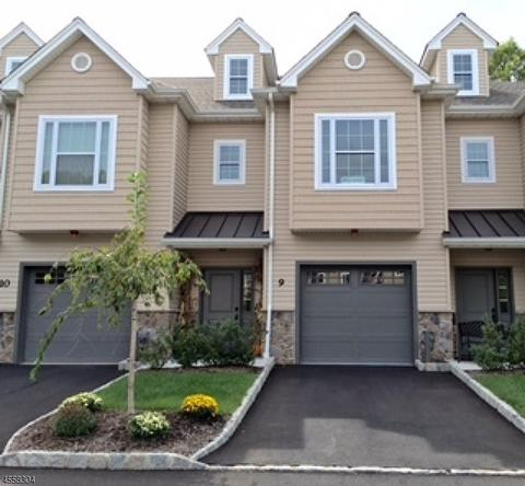 13 N Ridge Cir #13, East Hanover, NJ 07936