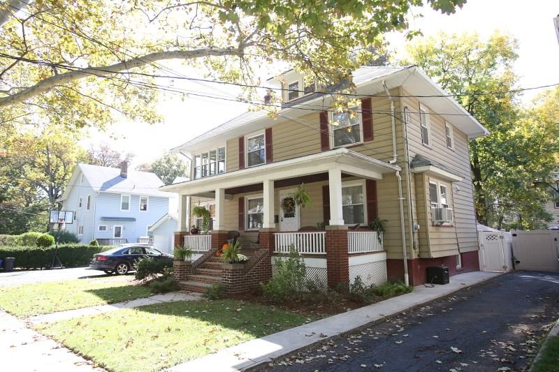 14 Evergreen Ave, Bloomfield, NJ