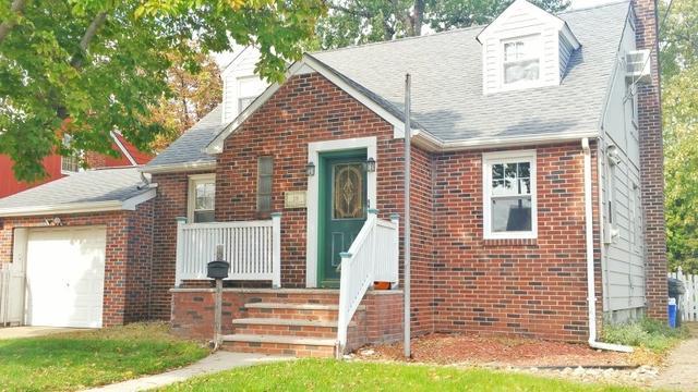 18 Whitman St, Carteret NJ 07008