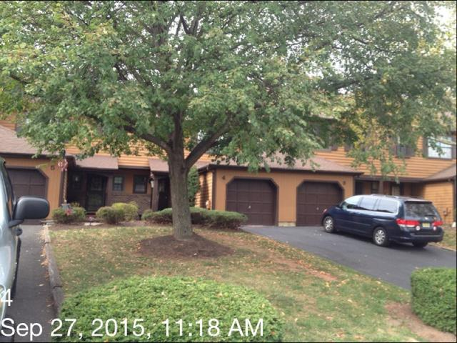 4 Manor Dr, Hillsborough NJ 08844