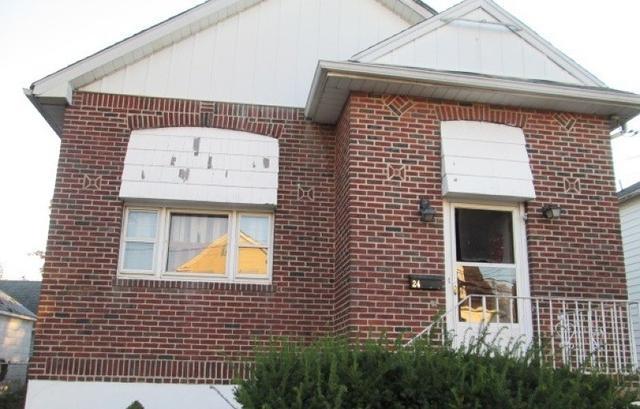 24 Rosalie St, Manville NJ 08835