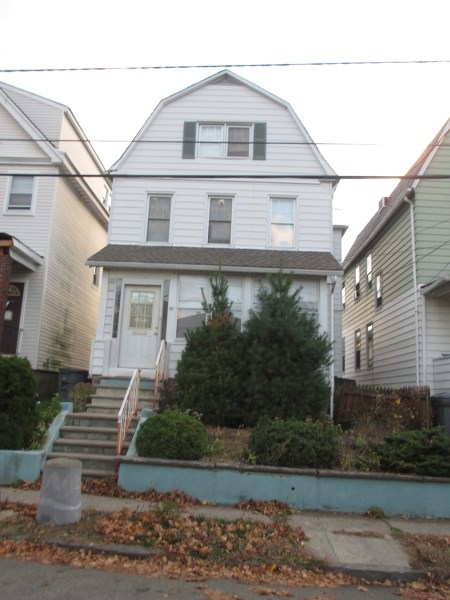 26 Cedar Street, Bloomfield, NJ 07003