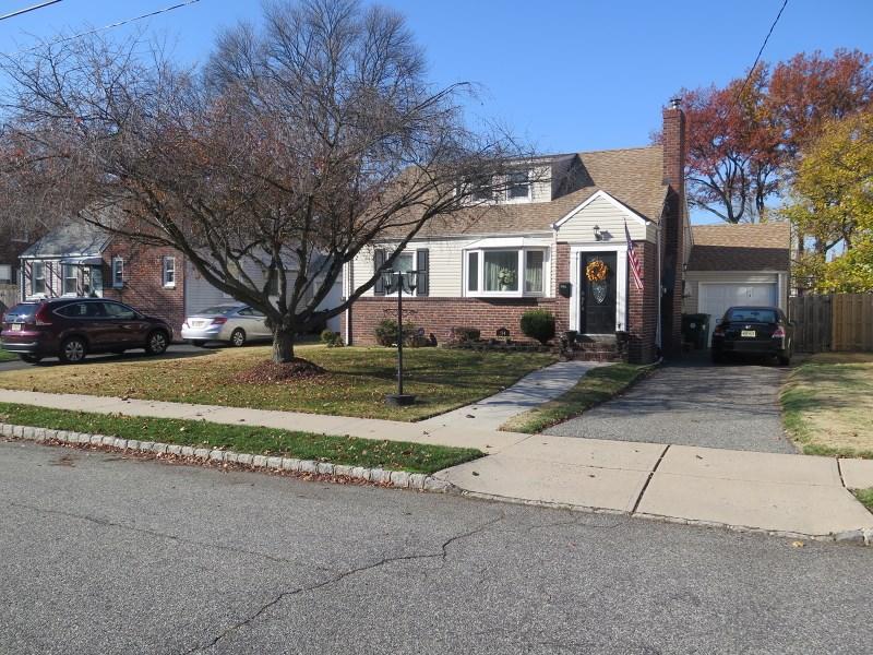 114 Delia Ter, Clark, NJ
