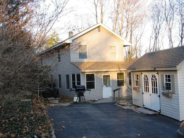 8 Hillside Ave, Stanhope, NJ 07874