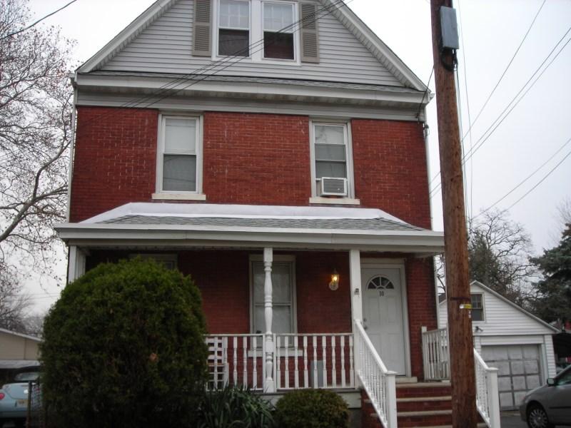 30 Roma Street, Nutley, NJ 07110