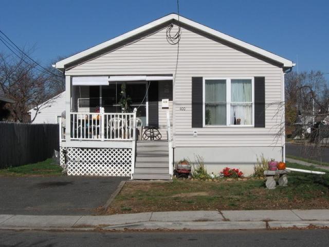 400 Washington Ave, Manville NJ 08835