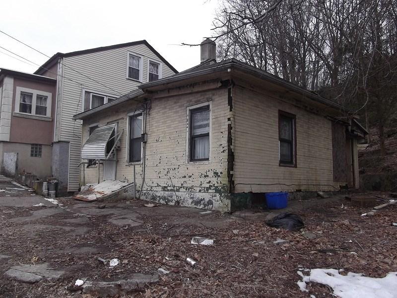 292-294 Dixon Ave, Paterson, NJ