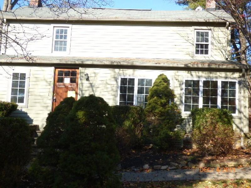 117 Lilac Dr, Annandale, NJ