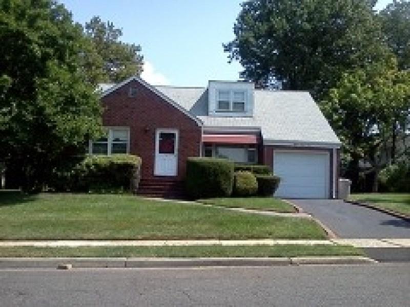 839 Irvington Ave, Hillside, NJ