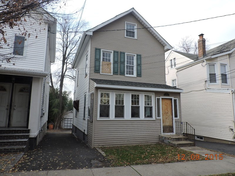 42 Ella St, Bloomfield, NJ