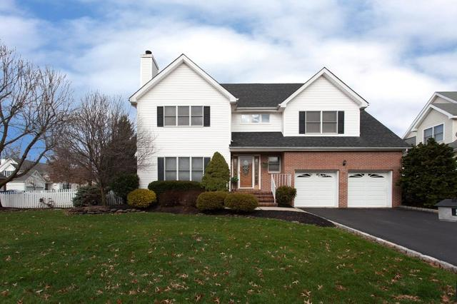 31 Baker Cir, Hillsborough NJ 08844