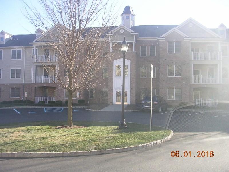 35 Zachary Way, Mount Arlington, NJ