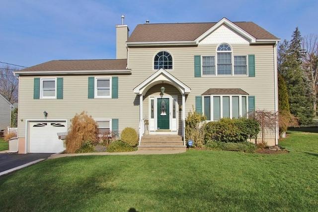 110 W Elmwood Dr, South Plainfield NJ 07080
