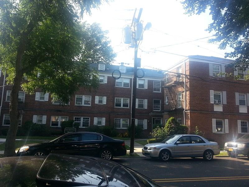 12 Beaumont Pl, Newark, NJ