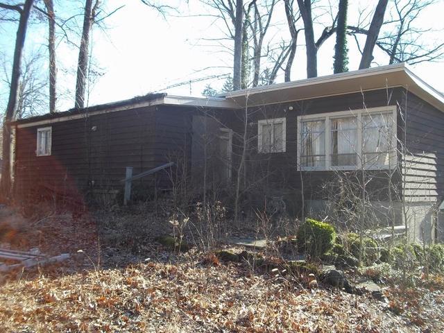 115 W Greenbrook Rd, North Caldwell, NJ 07006
