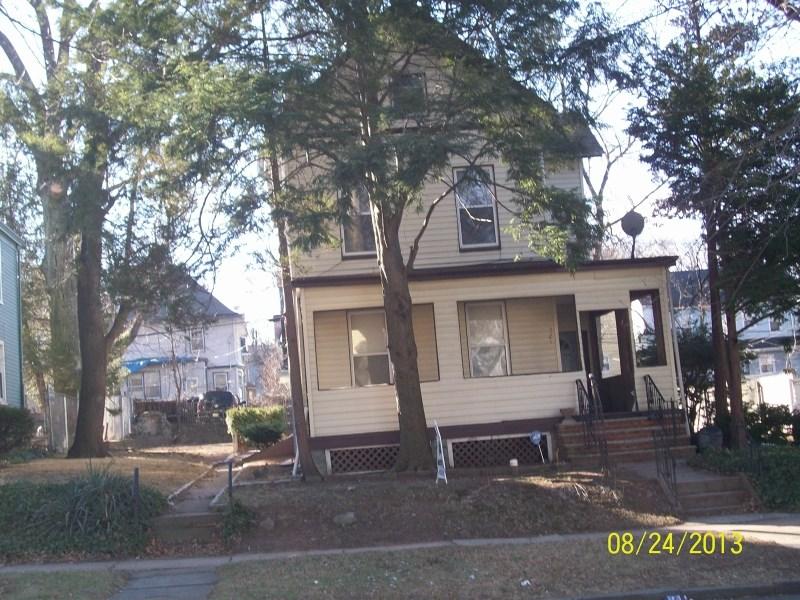 721 Springdale Ave, East Orange, NJ 07017
