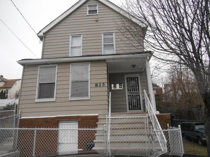 825 Bergen Street, Newark, NJ 07112