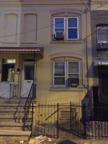 202 Parker St, Newark, NJ 07104