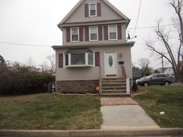 713 Bergen St, South Plainfield NJ 07080