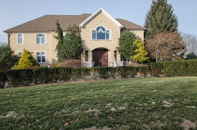 3 Duryea Pl, Pine Brook, NJ 07058
