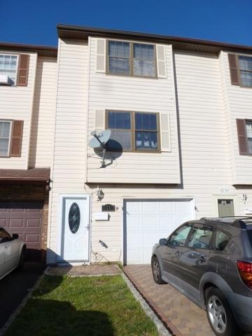 11 Essex St Carteret, NJ 07008