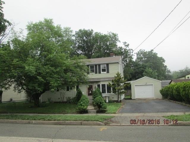 1461 Washington Ave, Pompton Lakes NJ 07442