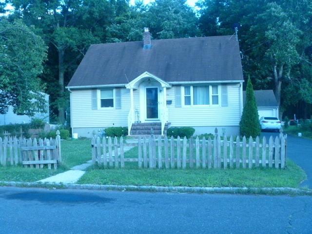 194-96 Glenside Pl, Plainfield NJ 07060