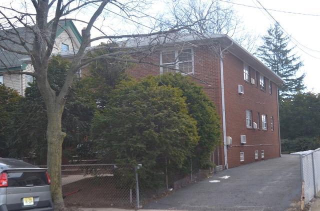 230 Murray St, Elizabeth, NJ 07202