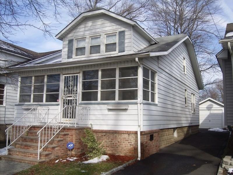2209 Berwyn St, Union, NJ