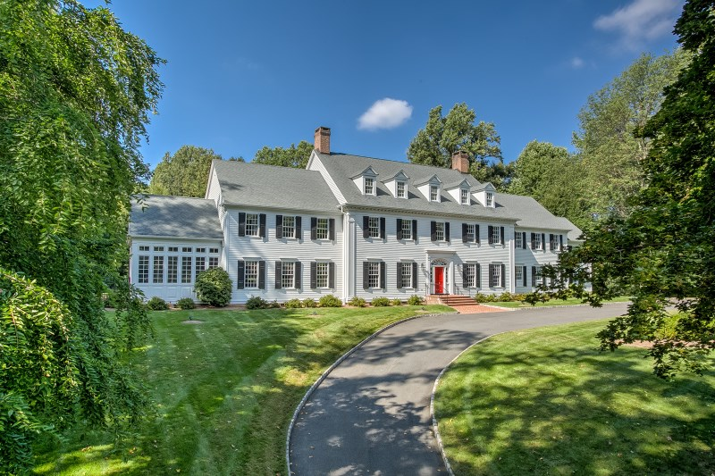 3 Manor Hill Dr, Mendham, NJ