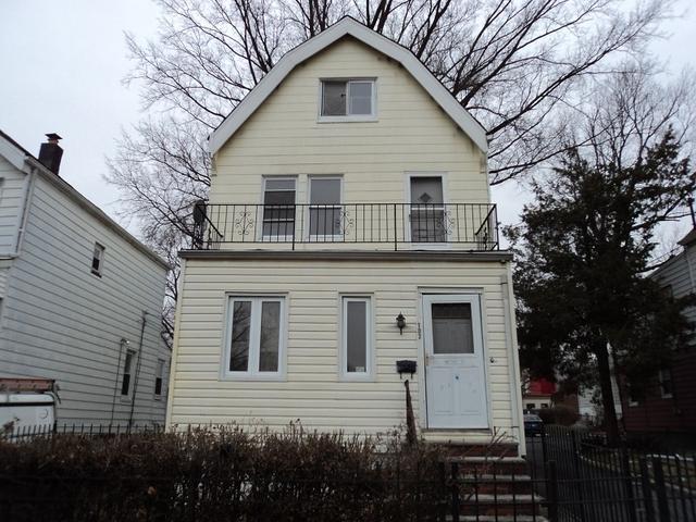 107 Oak St, East Orange NJ 07018