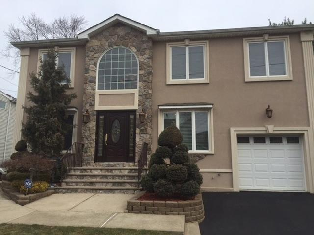 27 Bellevue Ave, Elmwood Park NJ 07407
