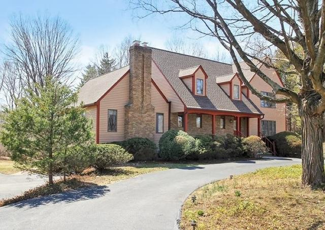 1088 Franklin Lake Rd, Franklin Lakes, NJ 07417