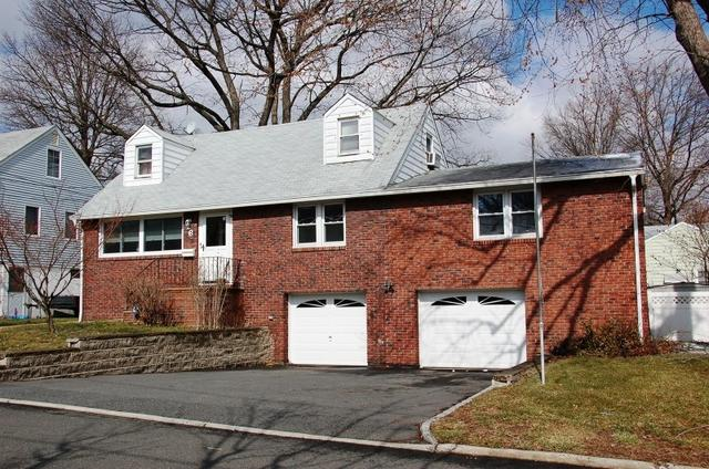 26 San Antonio Ave, Nutley, NJ 07110