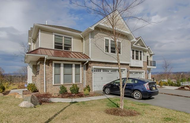 3 Overlook Ct, North Caldwell, NJ 07006