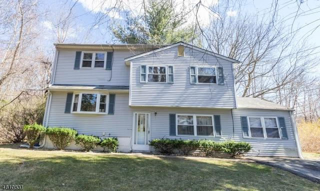 21 James St, Stanhope, NJ 07874