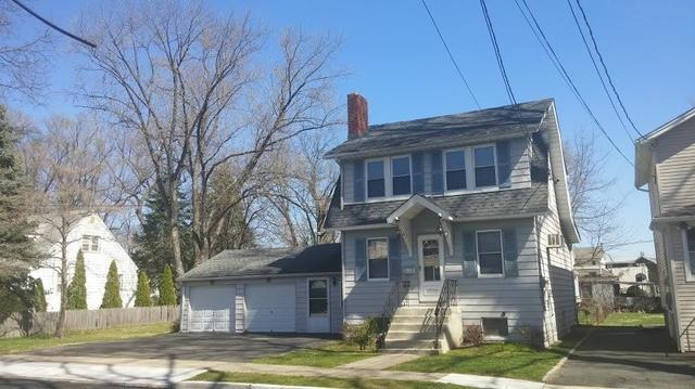 16 Schoon Ave, Hawthorne NJ 07506