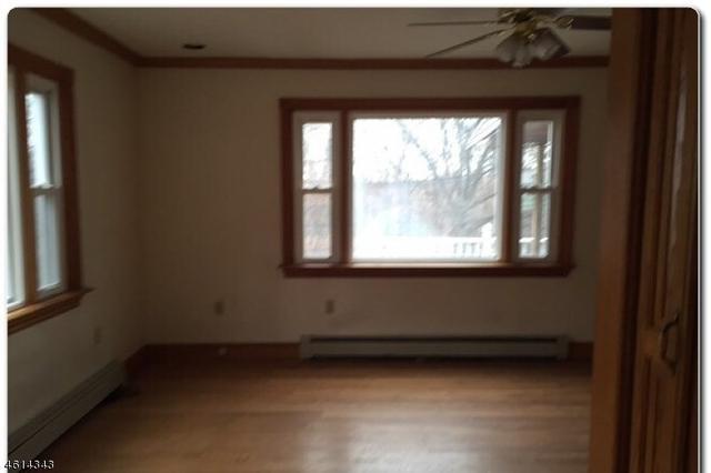 298 Goffle Rd, Hawthorne NJ 07506