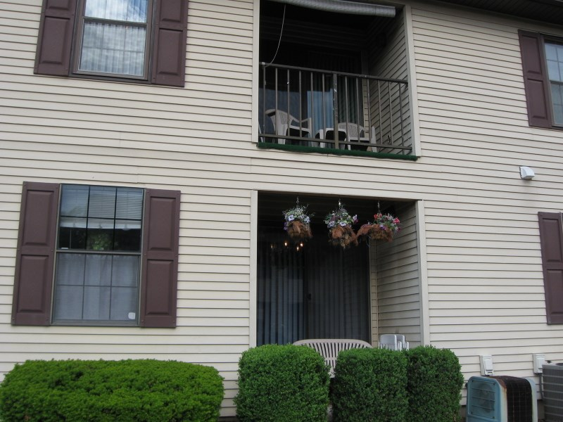 39 Foxhall # b, Middlesex, NJ 08846