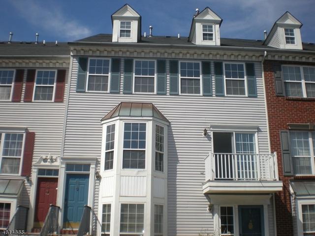 52 Willow St, Jersey City NJ 07305