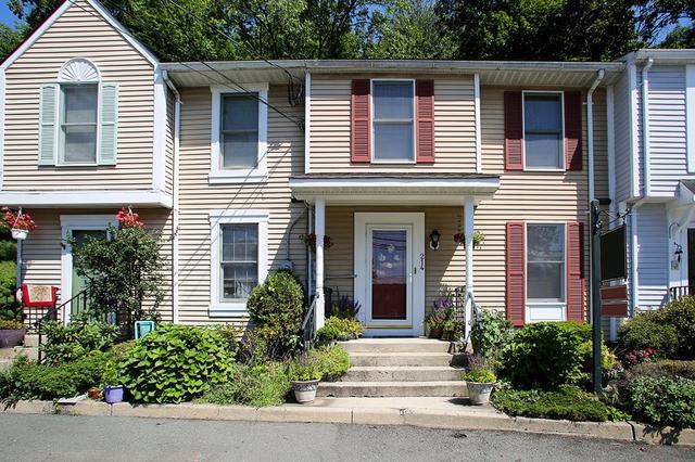 214 S Main St, Lambertville NJ 08530