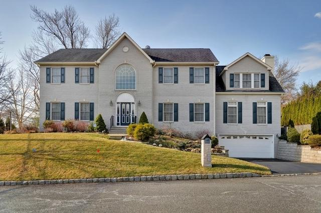 1 Frederick Ct, Park Ridge, NJ