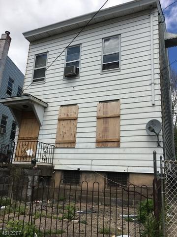 165 Lyon St, Paterson, NJ 07524